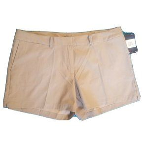 NWT Nike Golf women's DRI-FIT Khaki Beige Shorts